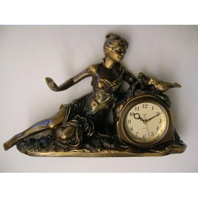 Tafel klok met liggende vrouw