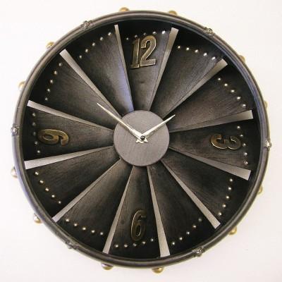 Metalen klok 'vliegtuigmotor' CB8305