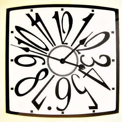 A11 Unieke klok groot